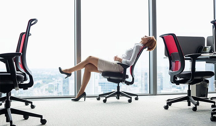 10 Best Office Chairs For Tall People Reviewed And Rated In 2020