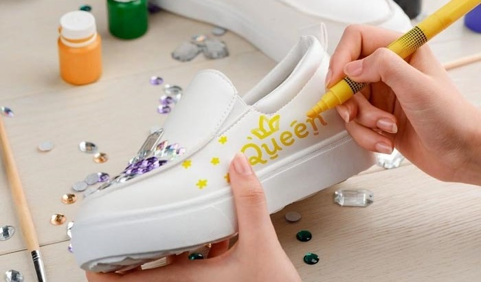 best-markers-for-canvas-shoes